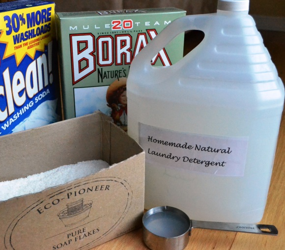 homemade_natural_liquid_laundry_detergent